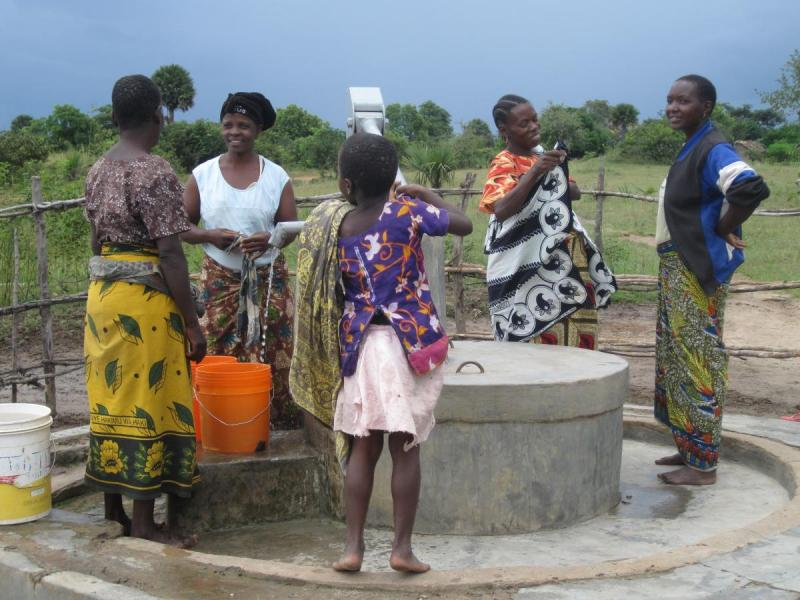 People at a water point in Mwanza, Tanzania