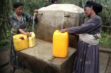 Women fetching water in Ethiopia