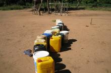 Line of water carriers for a water source