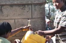 Filling water carriers