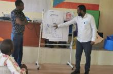Participants presenting discussion results from the observation phase