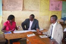 Multistakeholder learning platform in Uganda visits primary school for LeaPPS