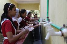 Mohamuni Anglo Pali High School, Chittagong, Bangladesh. Petra Brussee