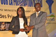 """Nadine Maryse KPONDJO, lauréate du Prix ORBLEU 2013, catégorie """"Recherches Appliquées"""""""