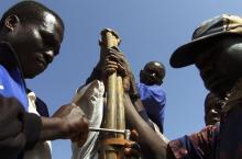 Fixing a pump in Burkina Faso
