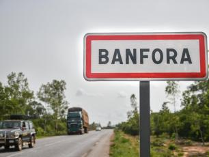 Banfora road sign (photo by Anne Mimault)