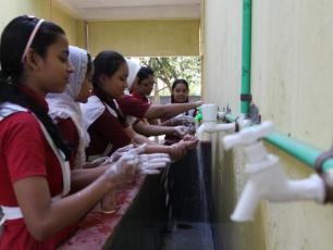 Mohamuni Anglo Pali High School, Chittagong, Bangladesh. Photo: Petra Brussee/IRC