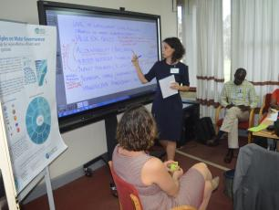 IRC's Catarina Fonseca leads a discussion about integrity in water