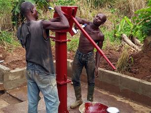 Handpump mechanics in Ghana