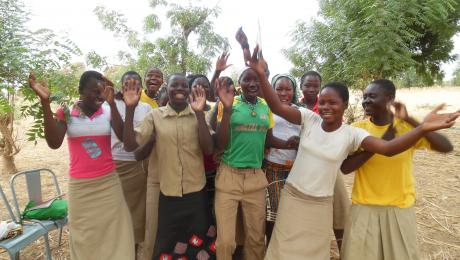 Happy children in Burkina Faso, photo by Celeste Flores (IRC)