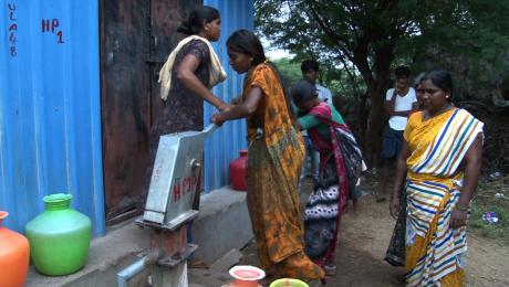 Water pump in India used by women