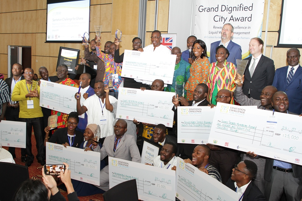 Winners of the Sanitation Challenge for Ghana competition at the grand dignified city award ceremony